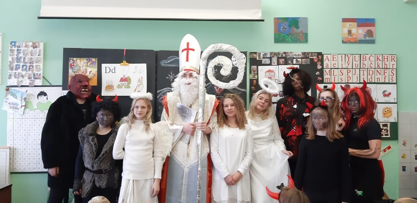 Mikuláš, andělé a čerti ve škole